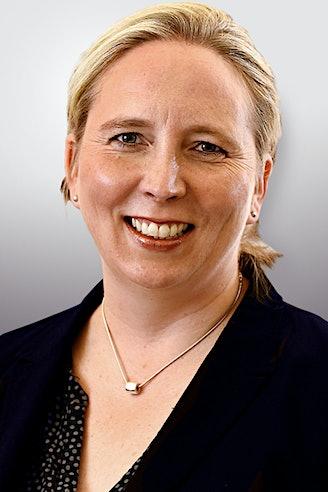 Ivonne-Laura Jenett